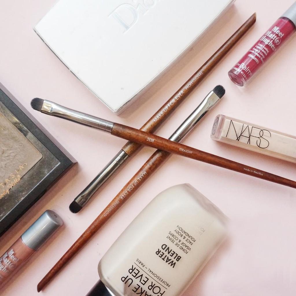 Cọ Mí Mắt Makeup Forever 208